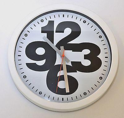 650 Mebus Wanduhr ! Weiß mit schwarz ! super modernes design ! 32 cm