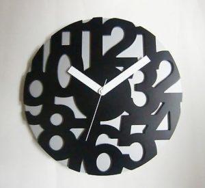 "446 Wanduhr "" Holz "" grau-schwarz super modern ! super ! 33,5 cm"