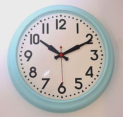 725 Mebus Wanduhr ! grosse Wanduhr ! lautloses Uhrerk ! 45 cm !