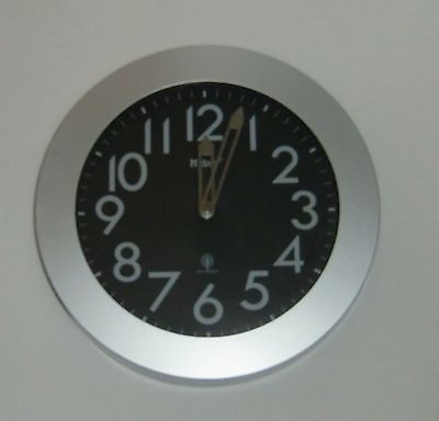 314 Mebus Funk Wanduhr in grau - schwarz 29 cm !!!