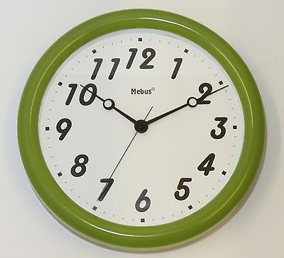 642 Mebus Wanduhr ! grün - weiß ! 28,5 cm