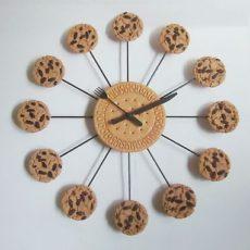 384 Wanduhr Mebus ! 12 cookies !