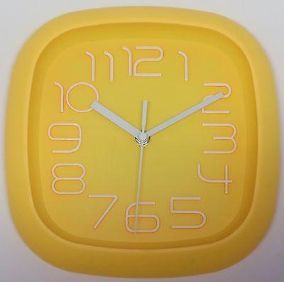 606 Wanduhr ! Super moderne Wanduhr gelb !