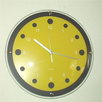 170 Wanduhr ! schwarz - gelb ! super modern ! 23,5 cm