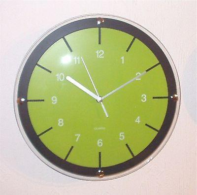 146 Wanduhr ! schwarz - grün ! super modern ! 31 cm