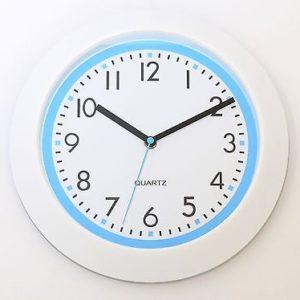 708 Mebus Wanduhr ! weiß - Blau ! modernes design ! 29,5 cm